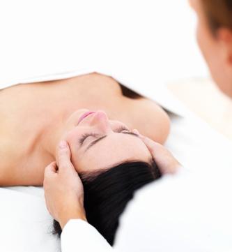 Kosmetische Lymphdrainage Ausbildung, Gesichtsbehandlung